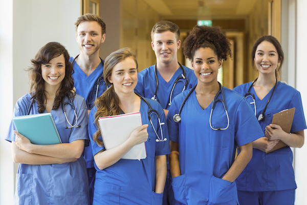4 Key Characteristics of Successful Medical School Applicants